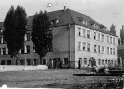 Budynek szkoły z 1956r.